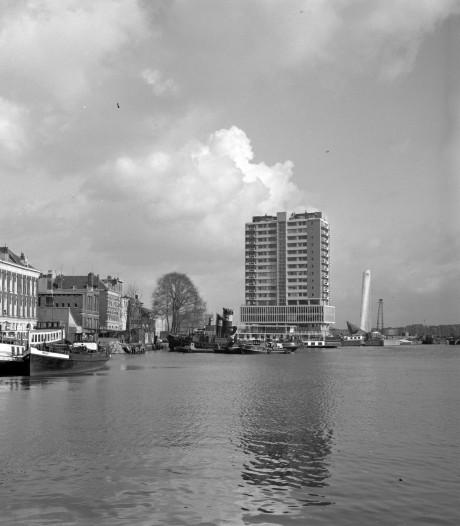 De Zalmhaven: van geinige plas water tot bouwplaats van Hollands hoogste toren