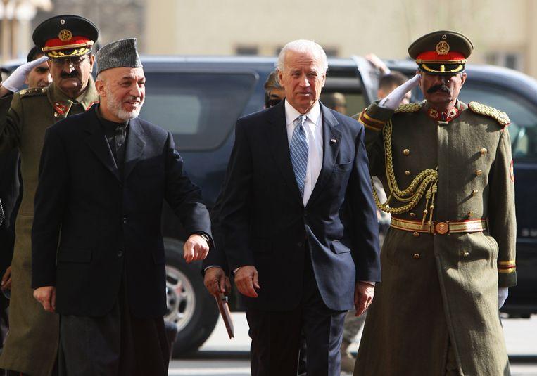 President Biden, toen nog vicepresident, tijdens een verrassingsbezoek in Kaboel in 2011.  Beeld Getty Images