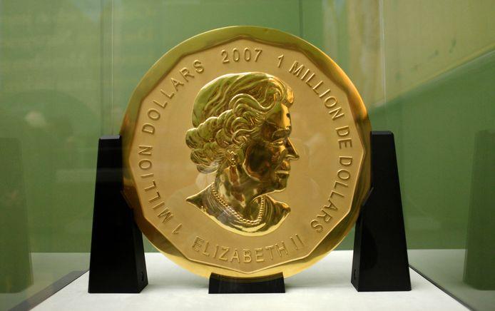 De gouden munt 'Big Maple Leaf' in het Bode-museum in Berlijn.