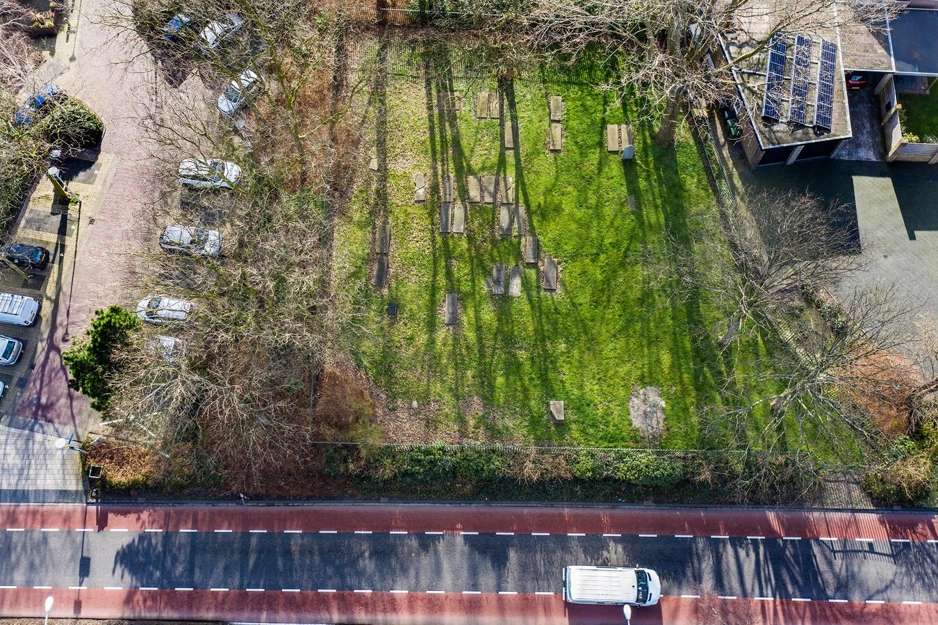 De joodse begraafplaats.