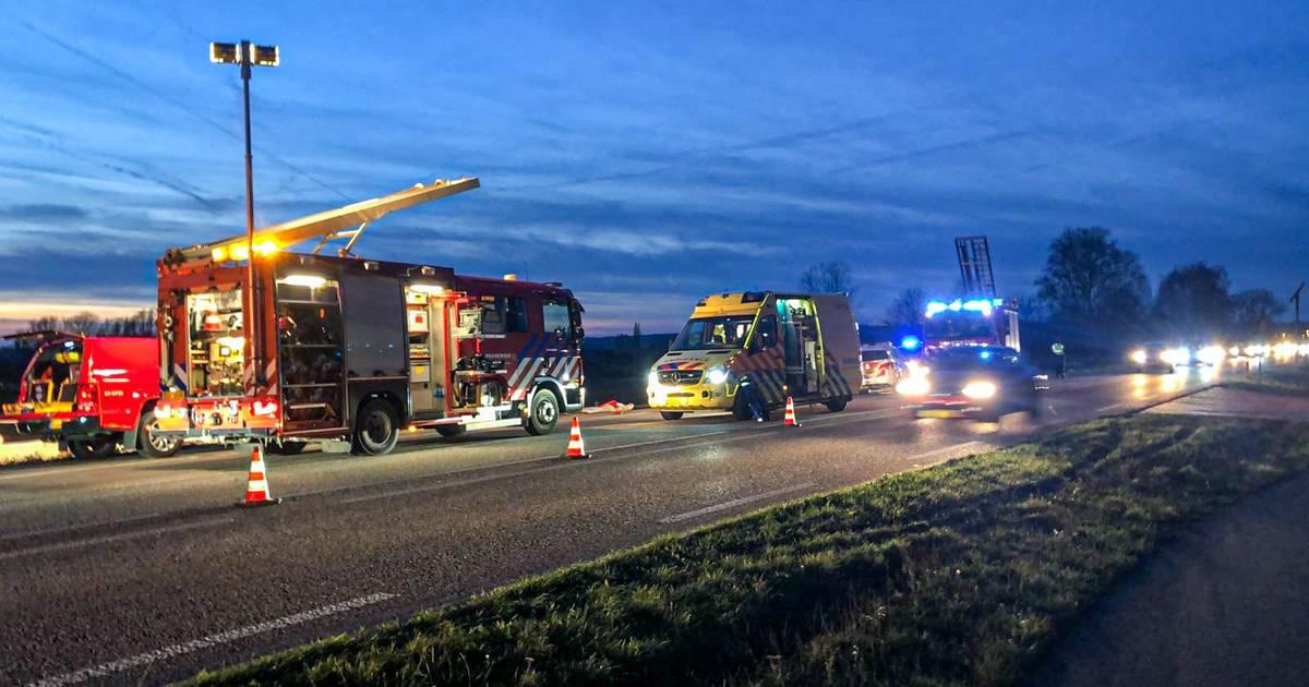 Mogelijk opzettelijke aanrijding bij Doesburg: vier gewonden, veroorzaker gevlucht.