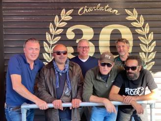 """De dj's uit de gouden jaren geven samen knalfeest in de Charlatan: """"Ik ging in 12 jaar tijd 6 keer de wereld rond om te draaien"""""""