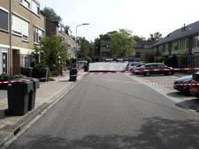 Verdachte drugsdealer rijdt in op agent in Harderwijk, politie lost waarschuwingsschoten
