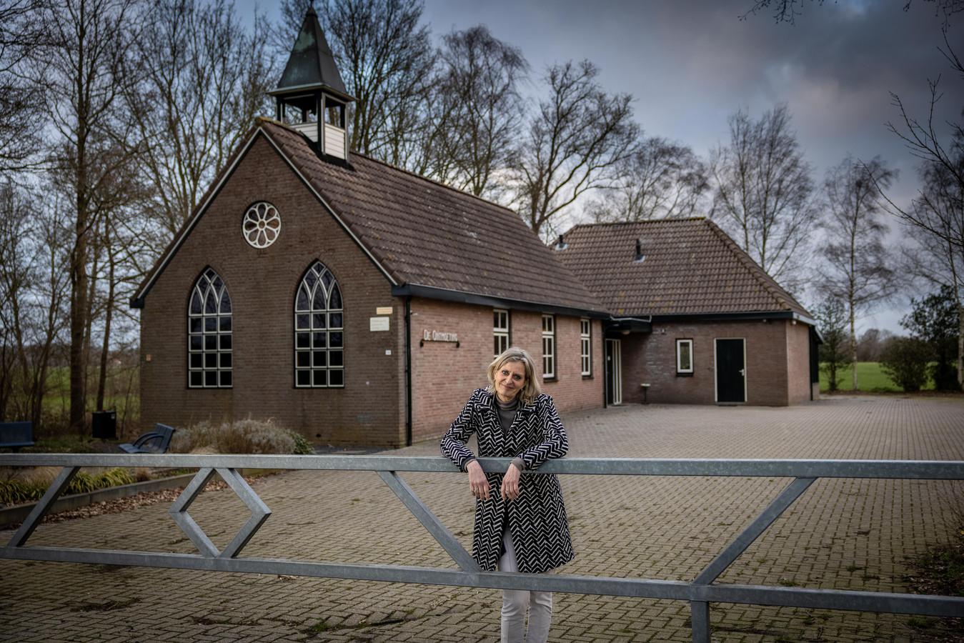 Emmy Elgersma, hier voor De Ontmoeting in Eesveen, is benoemd tot D66-lijsttrekker voor de gemeenteraadsverkiezingen van 2022 in Steenwijkerland.