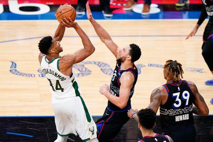 Giannis Antetokounmpo a été le grand bonhomme du choc de la Conférence Est entre les Bucks et les Sixers.