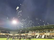 Indrukwekkende herdenking in stadion Heracles voor omgebrachte Lotte (14): 'Ons lot uit de loterij'