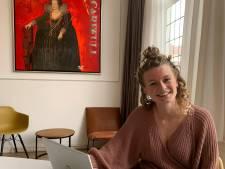 Jobcoach Brenda (24) helpt hoger opgeleide jongeren met een arbeidsbeperking aan een baan