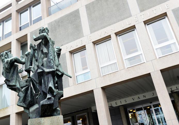 Het Arnhemse Paleis van Justitie.