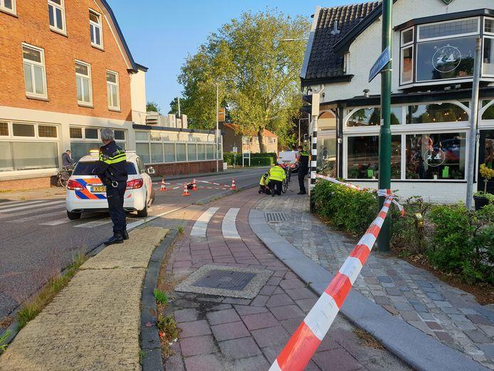 De politie heeft uitvoerig onderzoek gedaan op de plek.