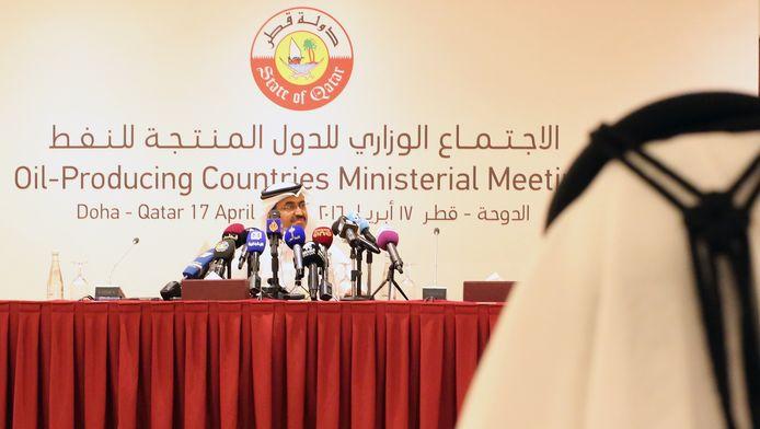 Mohammed bin Saleh al-Sada, Energieminister van Qatar, gisteren op de olietop in Doha.
