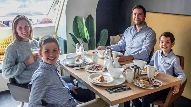 """Hotel Ariane laat je restaurantgevoel herbeleven in coronaveilige omgeving: """"Het doet ons deugd mensen opnieuw te zien genieten"""""""