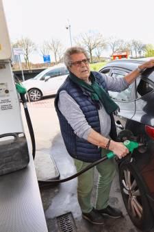 Op prijs letten bij de pompstations loont: verschillen rond Rotterdam lopen op tot 26 eurocent per liter