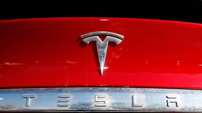 """Twee doden bij ongeval met vermoedelijk zelfrijdende Tesla in VS: """"99,9 procent zeker dat niemand achter het stuur zat"""""""