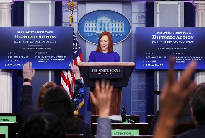 Woordvoerder Jen Psaki tijdens de eerste persbriefing van het Witte Huis onder Joe Biden.