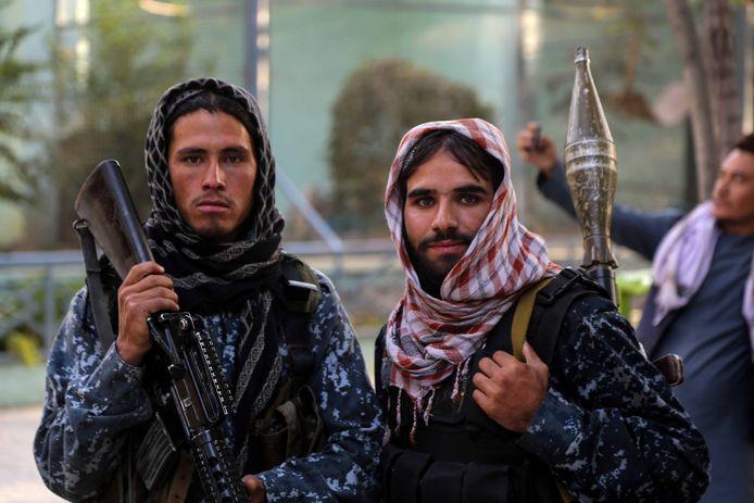 Talibanstrijders in de zoo van hoofdstad Kaboel deze week.