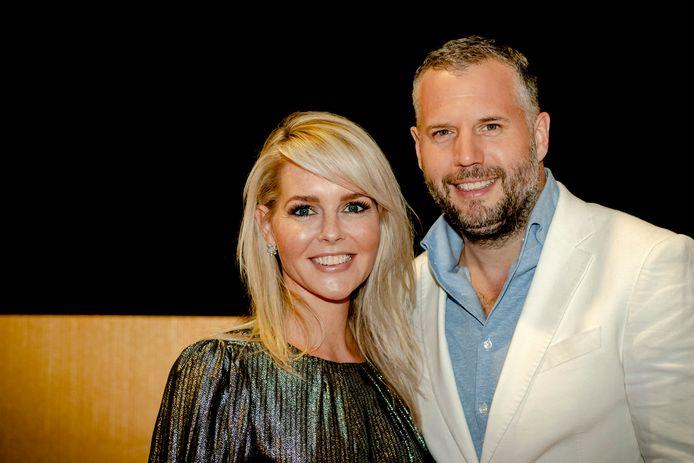 Chantal Janzen en Tijl Beckand.