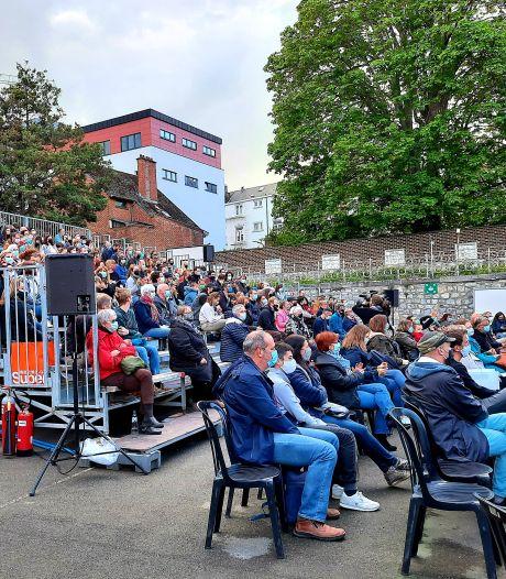 """500 personnes ont assisté à un spectacle-test à Namur: """"Le protocole était trop strict"""""""