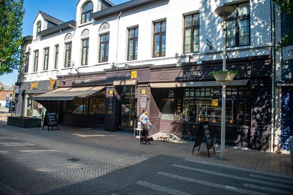 Brood- en banketbakkerij 'Co-Pains' opent in de Paalstraat in Schoten