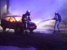 Drukke jaarwisseling voor brandweer Twente: veel autobranden