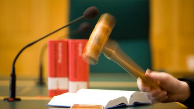 Pedagogisch werker uit Apeldoorn vrijgesproken van mensenhandel, maar krijgt wel celstraf voor fraude