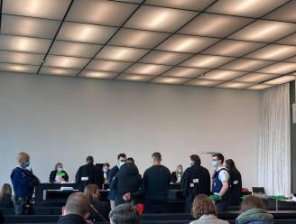 """Drugdealers uit Brugse Poort krijgen tot 42 maanden cel opgelegd: """"Wie wou afkicken werd gemotiveerd om te blijven gebruiken"""""""