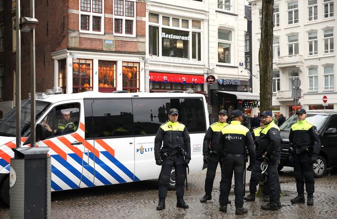 Politie in het centrum van Amsterdam
