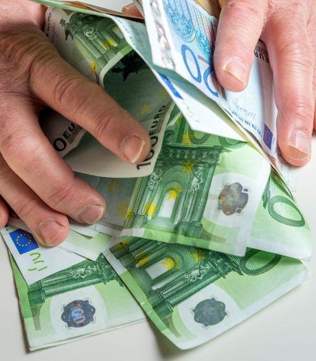 'Opmerkelijk hoge winsten zorgbedrijven'