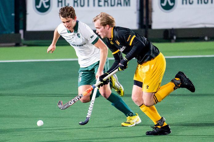 Imre Vos (rechts) in het duel met Rotterdam.