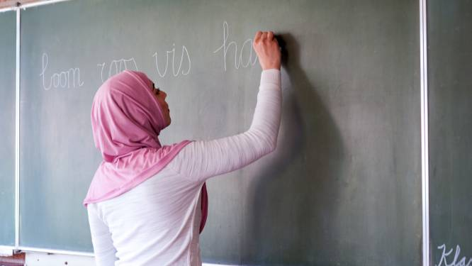 Gemist? Nieuwe poging voor islamitische school en architect waakt voor sloop voormalig ministerie
