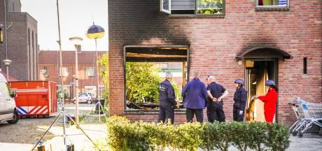 Politie tuigt groot onderzoek op en zoekt scooter vanwege aanslag op woning in Eindhoven