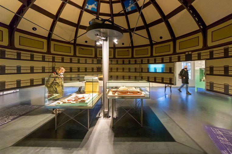 In het Gevangenismuseum is te zien hoe het gevangeniswezen zich ontwikkelde van de Middeleeuwen tot nu. Beeld Sander Groen