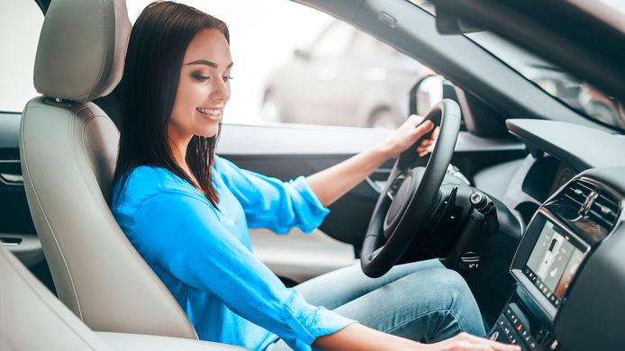 Gratis een topgeluid in je auto, vanaf morgen is het standaard in alle nieuwe Europese auto's.