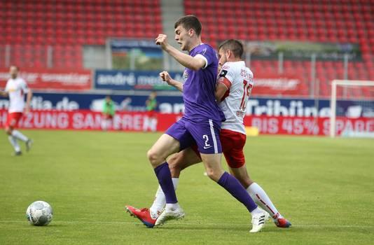 Jacob Rasmussen (2) vorig seizoen in actie namens Erzgebirge Aue.