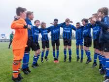 Zeeland voetbalt weer: 'Wat hebben we dit gemist, zeg'