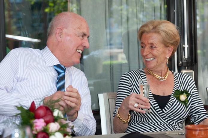 Tonja van den Broek met haar man Sjef.