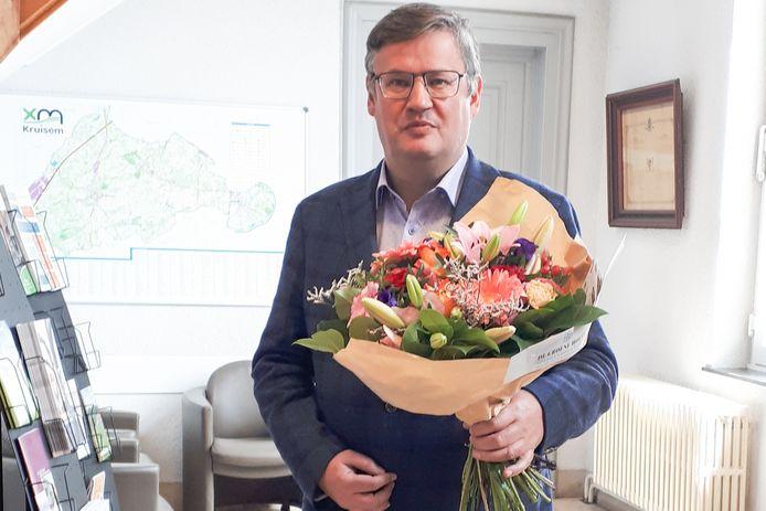 De burgemeester kreeg zelfs bloemen toegestuurd.