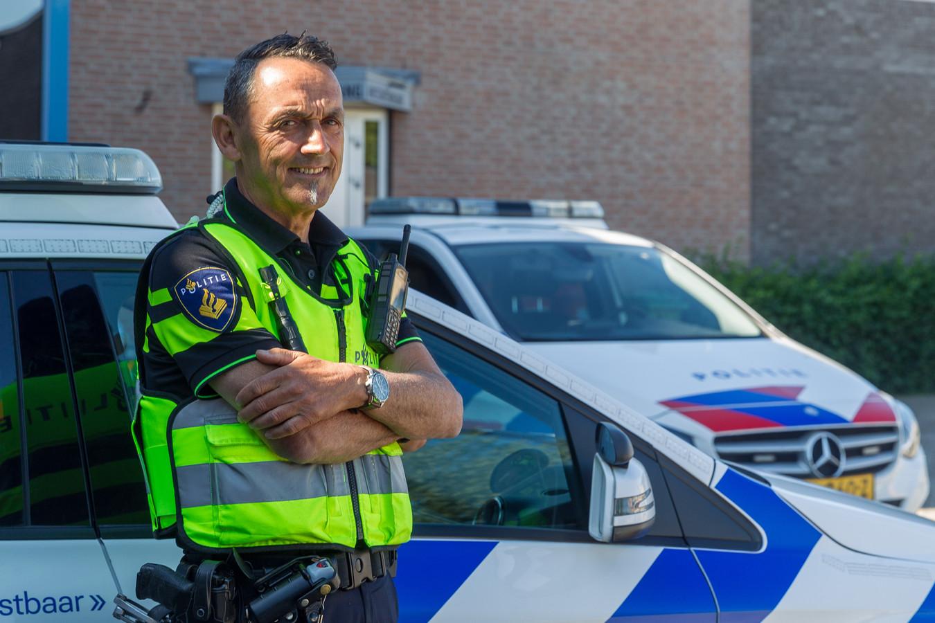 Jan van Poppel werkte 43 jaar bij de politie en was onder andere wijkagent in Eersel en Veldhoven.