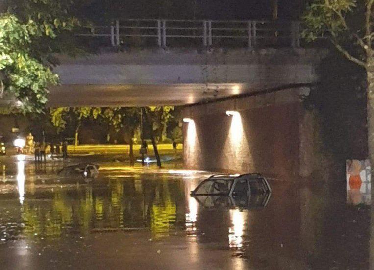 In Kortrijk sloeg het onweer hard toe. Beeld rv