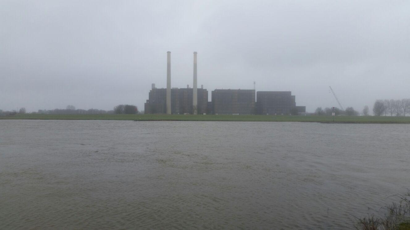 De IJsselcentrale vanuit Heerde