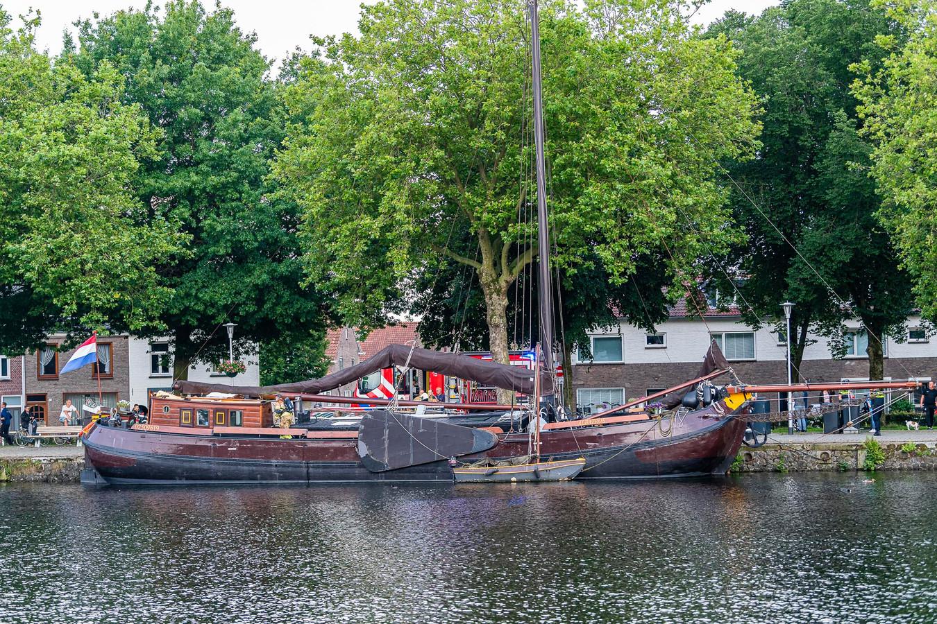Brand in machinekamer van De Albatros in de Piushaven Tilburg.