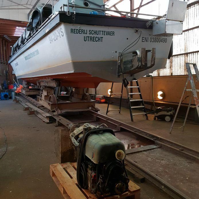 Rederij Schuttevaer gaat haar vloot ombouwen, te beginnen met de sloep Dolfijn.