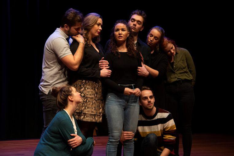 M-Lab, met hier productie Twentysomething, heeft een ruime ervaring opgebouwd met het maken van musicals.   Beeld Peggy de Haan
