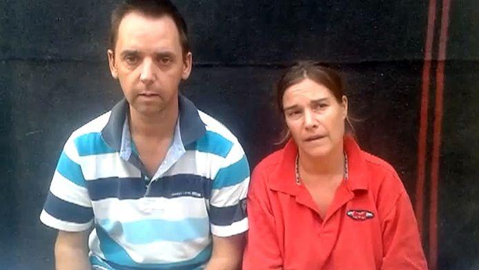 Boudewijn Berendsen en Judith Spiegel riepen per video de Nederlandse overheid op alles te doen om hen vrij te krijgen.