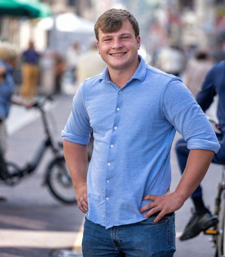 Vier functies bij de SP, sport, film, studie en een vriendin: Bram Roovers (22) heeft nog tijd om te slapen