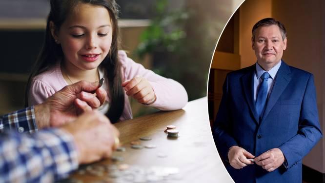 """Je kind een financieel duwtje in de rug geven? Onze geldexpert geeft advies: """"Voorhuwelijkssparen bestaat nog altijd, maar niet meer overal"""""""