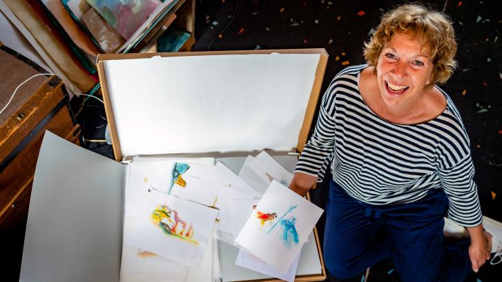Deze Bergse staat 5000 illustraties af aan het Literatuurmuseum