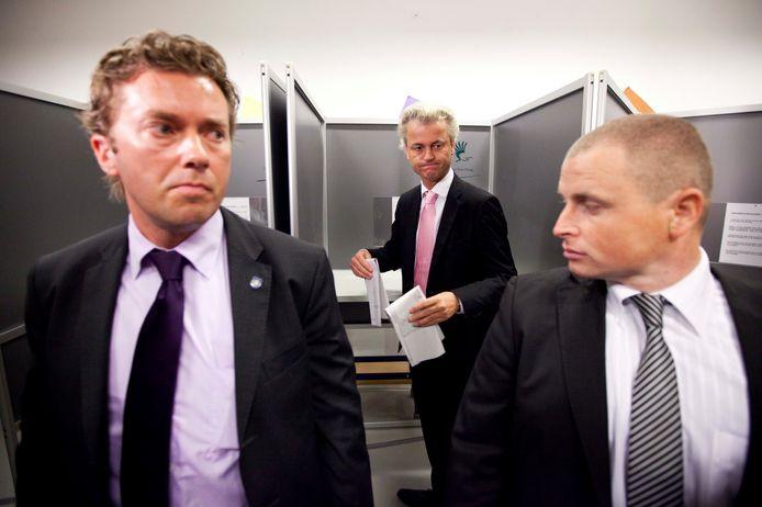 De DBB is onder meer belast met de bewaking van Geert Wilders.