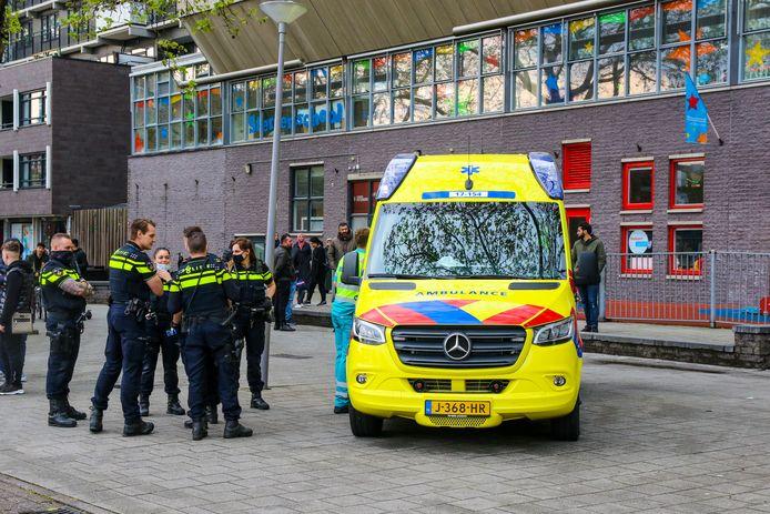 Twee slachtoffers werden direct naar het ziekenhuis gebracht, de derde werd in de ambulance bekeken.