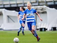 Kely Pruim blijft tenminste nog een jaar langer een steunpilaar van PEC Zwolle Vrouwen