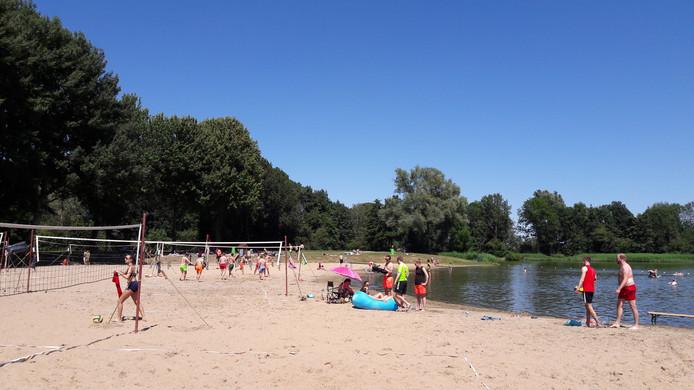 Het Wylerbergmeer in Beek tijdens een vorige zomer.